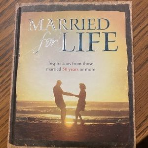 "NWOT ""Married For Life"" hardback book"